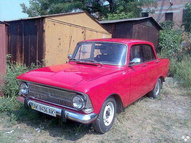 """Москвич """"Иж-412 """", 1981г, цвет красний, передние сидения со  """"Sprinter """", есть кассетный магнитофон+2динамика..."""